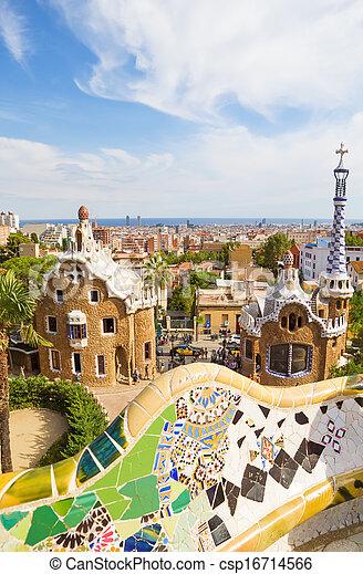 Vista En Barcelona Desde La Terraza Principal Del Parque