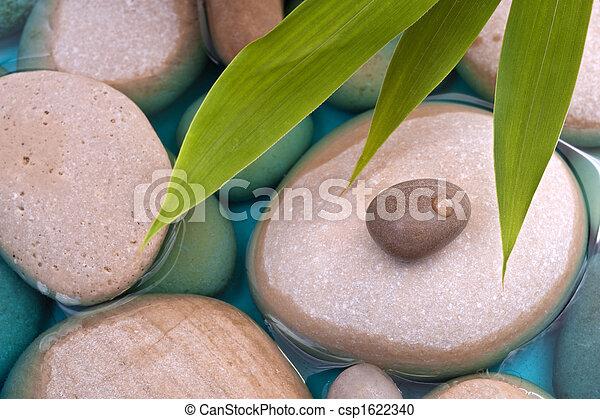 Pebbles bambú agua - csp1622340