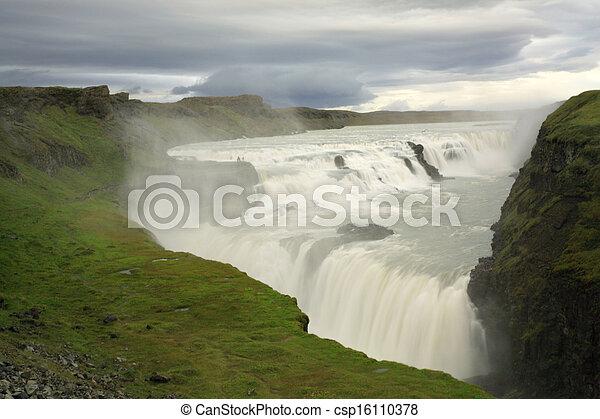 Gulfoss waterfall - csp16110378
