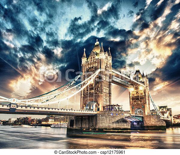 gyönyörű, bridzs, felett, híres, befest, napnyugta, london, bástya - csp12175961