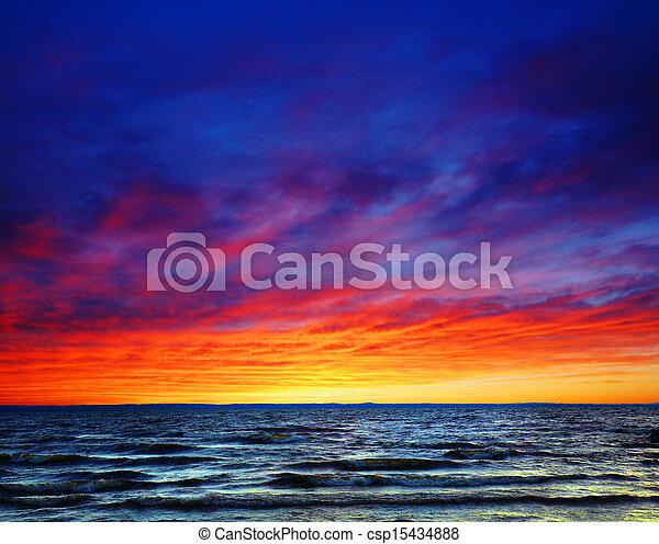gyönyörű, felett, napnyugta, tenger - csp15434888