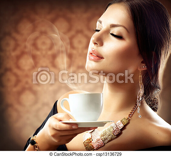 gyönyörű, kávécserje, nő, csésze, tea, vagy - csp13136729