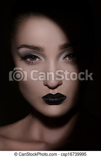 gyönyörű, látszó, women., sötét, titokzatos, portré, nők, ki - csp16739995