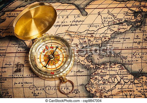 gyllene, forntida, gammal, karta, årgång, kompass - csp9847004