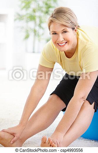 Gym & Fitness - csp4993556