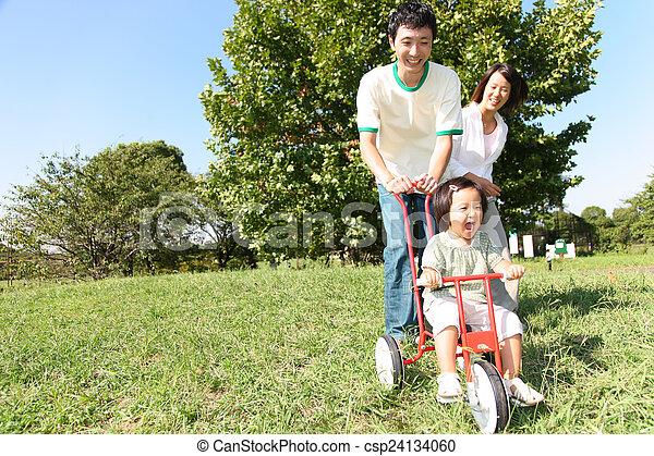 három, család, játék - csp24134060