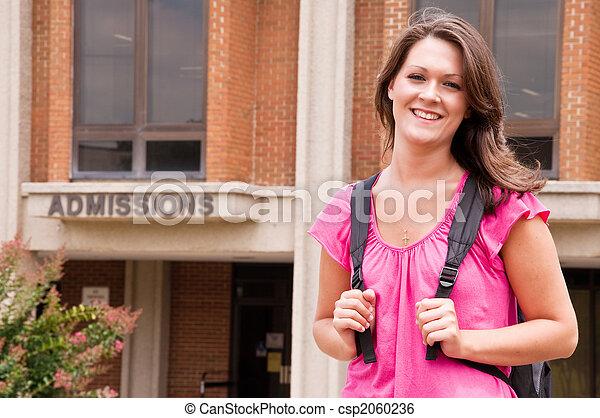 högskola, kvinnligt studerande - csp2060236