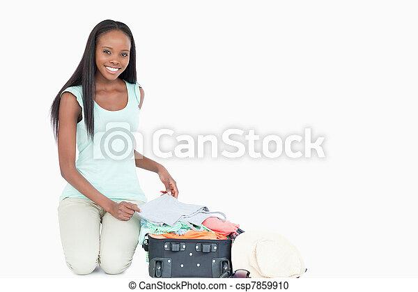 haar, pakking, het glimlachen, koffer, vrouw, jonge - csp7859910