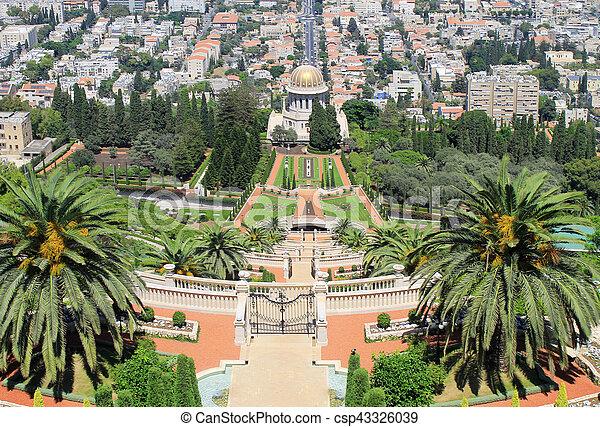 Jardines Bahai en Haifa, Israel. - csp43326039