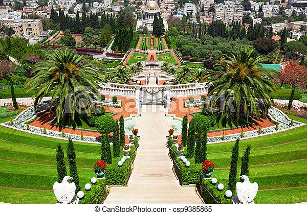 Jardines Bahai en Haifa Israel - csp9385865