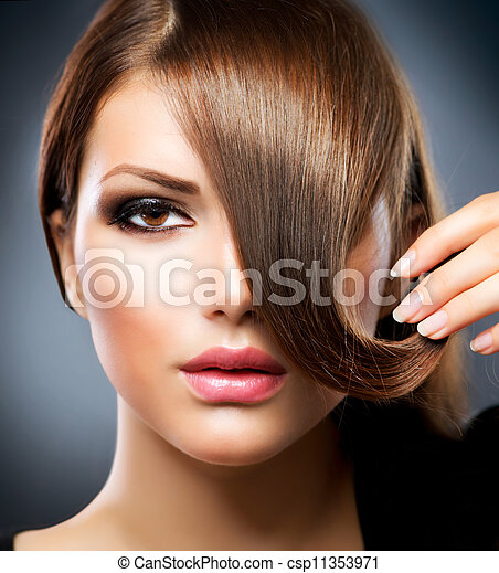Hair. Beauty Girl With Healthy Long Brown Hair - csp11353971