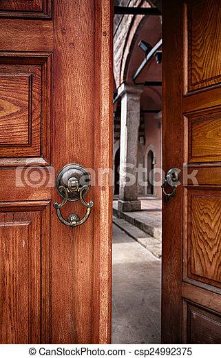 Genial Half Open Doors   Csp24992375