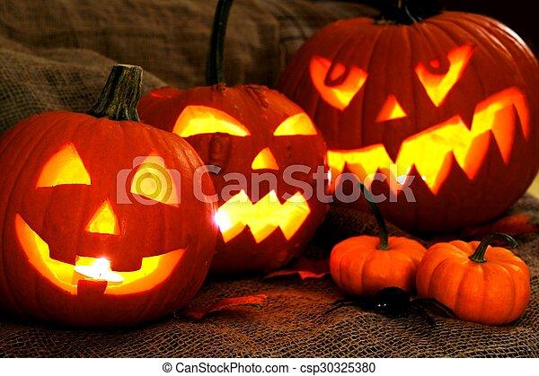Halloween Jack o Lanterns - csp30325380
