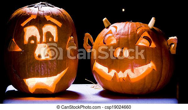 Halloween Jack O Lanterns - csp19024660