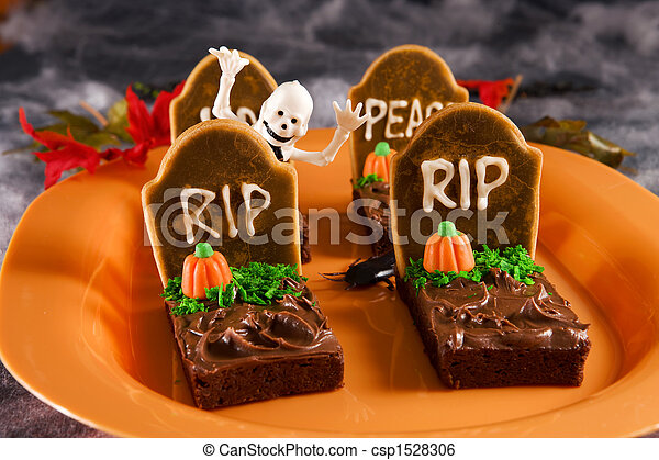 Halloween tombstone  brownies - csp1528306