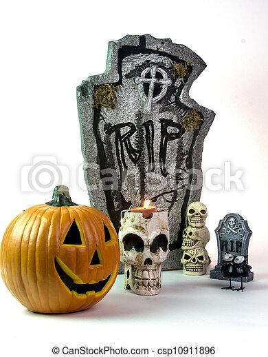 Halloween Tombstone & Pumpkin Decorations - csp10911896