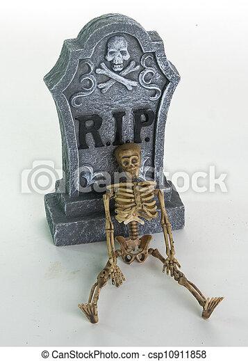 Halloween Tombstone & Skulls Decoration - csp10911858