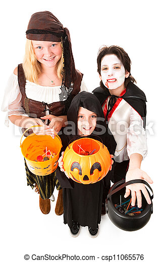 Halloween Trick Or Treaters Isolated - csp11065576
