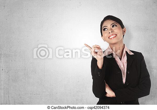 handlowa kobieta, asian, spoinowanie - csp42094374