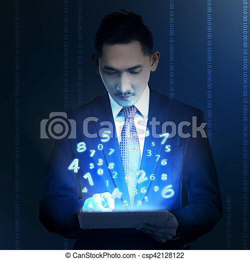 handlowy komputer, dzierżawa, tabliczka, człowiek - csp42128122