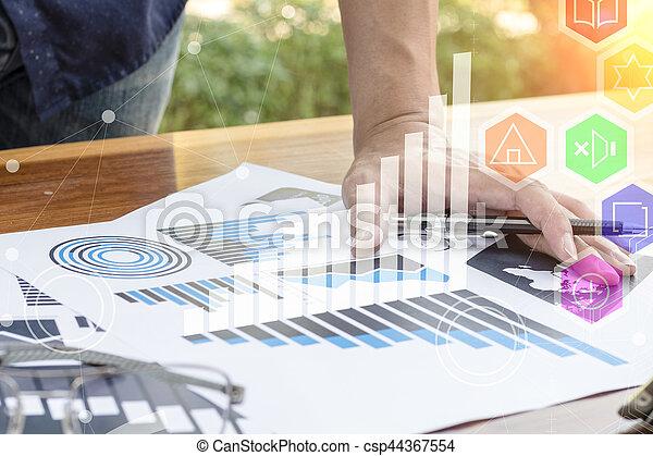 handlowy, pracujący, concept., nowoczesny, ręka, komputer, biznesmen, nowy, strategia - csp44367554