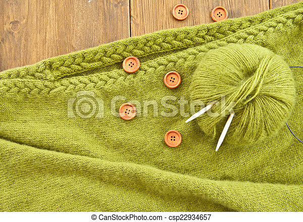 Handmade knitted scarf with green wool - csp22934657