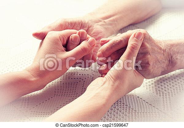 Hands elderly man. - csp21599647