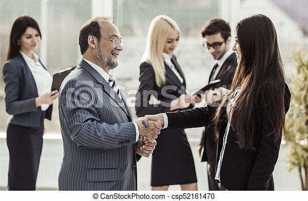 handslag, bakgrund, affär, välkommen, klient, jurist, mellan, lag - csp52161470