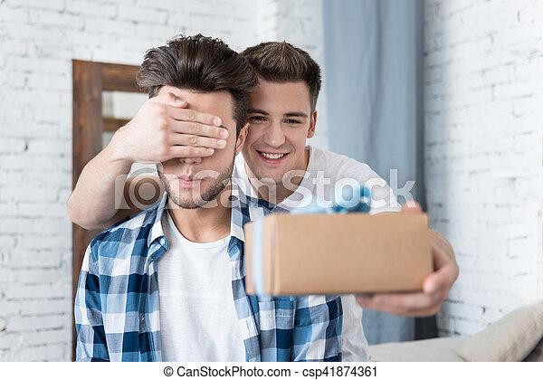 Homosexuell Freund Finder
