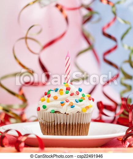 Happy birthday candles cupcake  - csp22491946