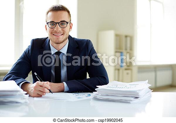 Happy employee - csp19902045