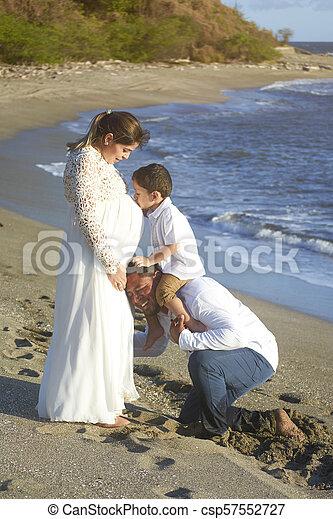 Happy family pregnancy theme - csp57552727