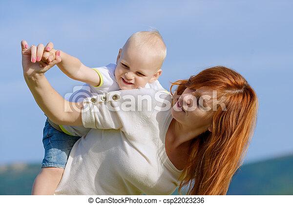 happy family - csp22023236