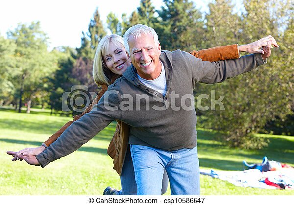 Happy senior couple. - csp10586647