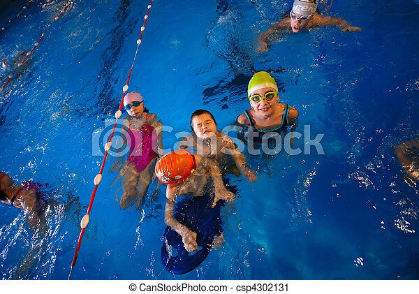 .happy swimmers - csp4302131