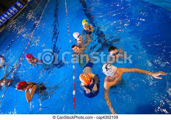 .happy swimmers - csp4302109