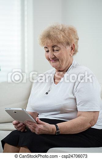 használ, modern, tabletta, nagyanyó - csp24706073