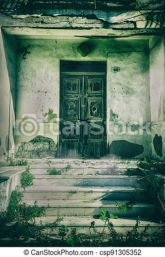 Haunted house with dark scary horror atmosphere - csp91305352