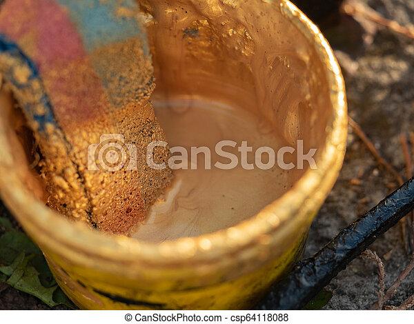 haut, doré, ground., vieux, peinture, vendange, seau, swob., bast, brouillé, bain, foyer., arrière-plan., sélectif, utilisation, fin, vue., plastique, doux, bouffée, brin - csp64118088