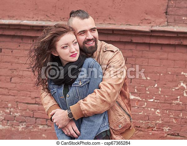 haut., sien, étreindre, bien-aimé, fin, petite amie, élégant, type - csp67365284