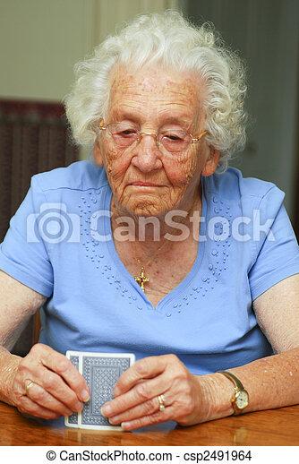 hazárdjáték, idősebb ember - csp2491964