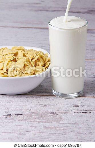 health, breakfast, use, cereal, milk - csp51095787