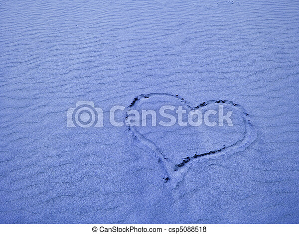 Heart in the Sand on a Sunny Day - csp5088518