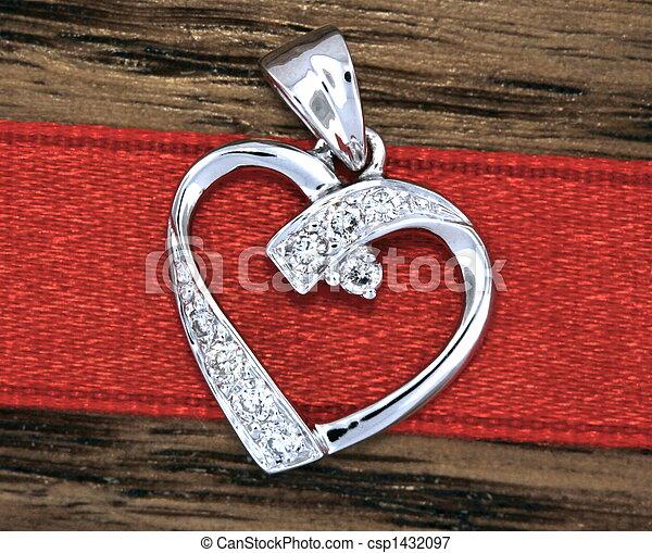 Heart Pendant - csp1432097