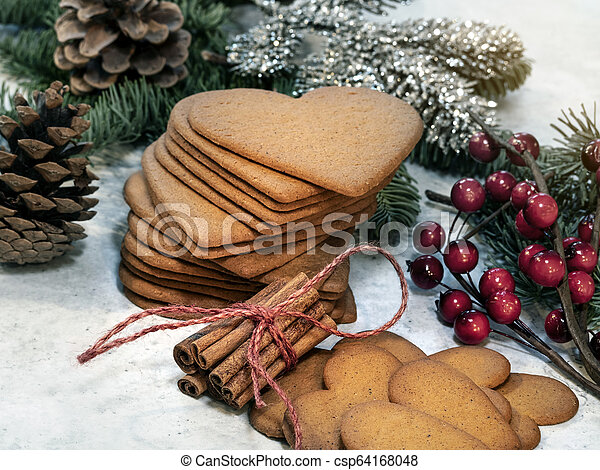 Heart shaped gingerbread cookie - csp64168048