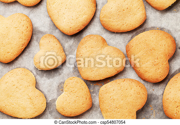 Heart shaped gingerbread cookies - csp54807054