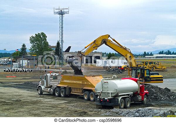 heavy illeték, munka hely, felszerelés, szerkesztés - csp3598696