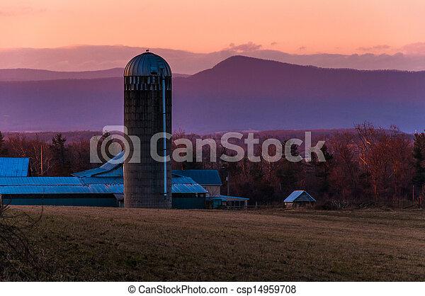 hegy, tanya, siló, luray, massanutten, virginia, shenandoah, mögött, völgy, napnyugta, istálló - csp14959708