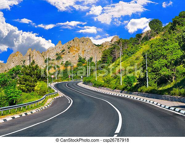 hegyek, autóút - csp26787918