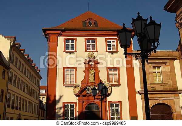 Viejas casas alemanas en Altstadt, Heidelberg, Alemania - csp9999405